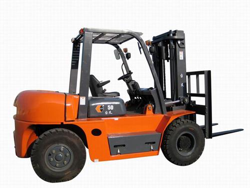 شراء Chariot Elevateur 5T Diesel GOODSENSE FD50-W3