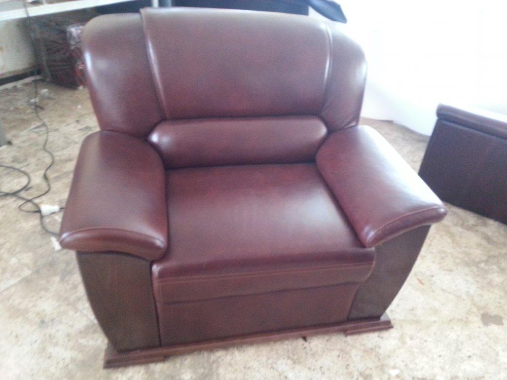 شراء Fabrication des chaises,salon et banquette restaurant