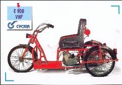 Voiturette pour handicapés moteur  C900