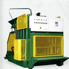 Presses et machines mobiles pour d' éléments en béton - (LOREV 2000 )