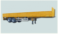 Semi remorque plateau avec ridelles 2 essieux 32 T